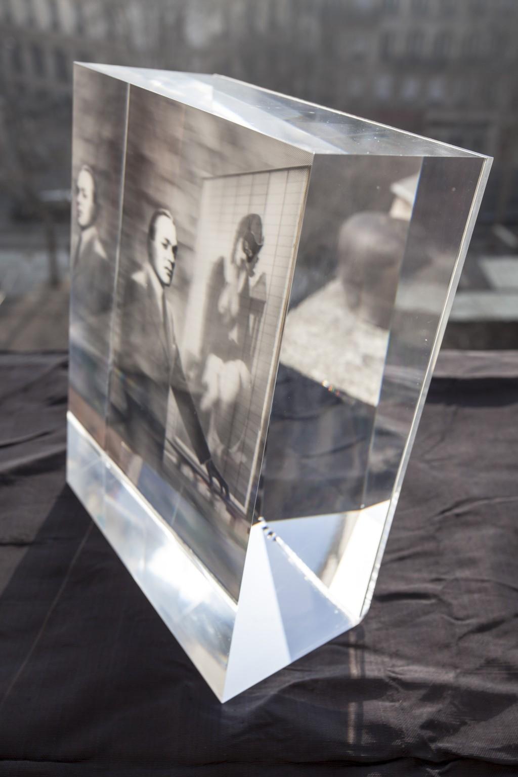 LE COLLECTIONNEUR (dans le verre)