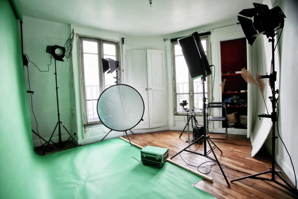 Studio photo avec fond vert